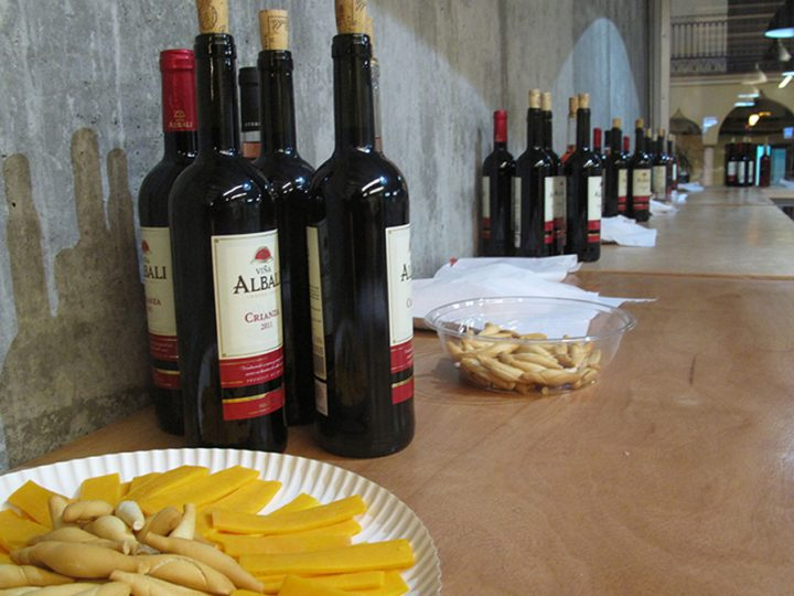 Crece la comunidad del «Cheese & Wine» English Time